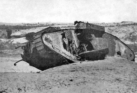 Disabled_Tank_Gaza_1917