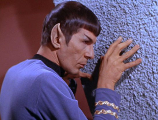 Spock uses his mind meld power through a wall.