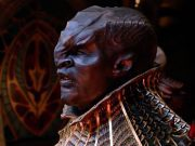 A dark-skinned Klingon from star trek discovery