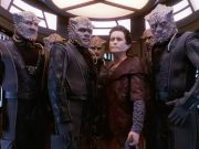Weyoun surrounded surrounded by Jem'Hadar soldiers.